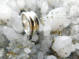 Pimp up your wedding ring 6