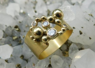 Pimp up your wedding ring